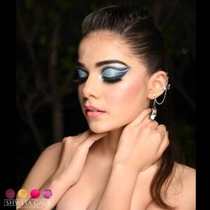 Makeup Artist in New Friends Colony